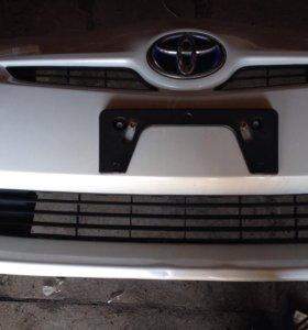 Бампер на Prius 30