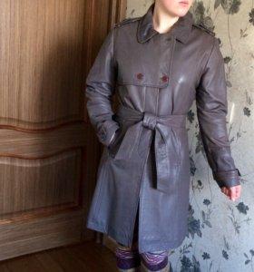 Пальто кожаное демисезон