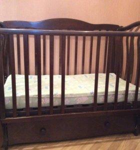 Кроватка в отличном состоянии Можга