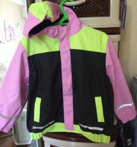 Куртка весенняя детская новая