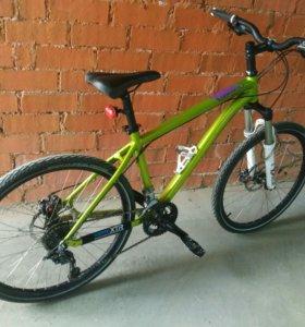 Отличный горный велосипед Specialized