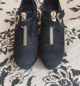 Продам туфли. Ботинки