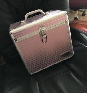 Новый чемоданчик