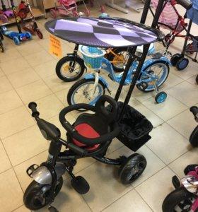 Трехколёсный велосипед с большими колёсами
