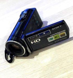 Видеокамера Sony HDR-CX150 в идеальном состоянии.