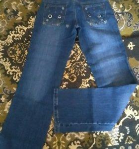 Женские джинсы р-р 28