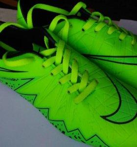 "Фирменные бутсы ""Nike"""
