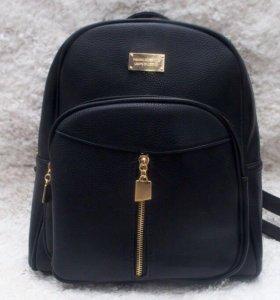 Чёрный стильный рюкзак !