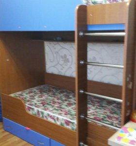 Продаю 2х ярусная кровать