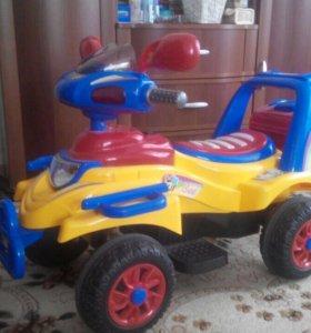 Детская машина на аккумуляторе