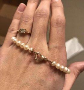 Ожерелье из белого морского жемчуга