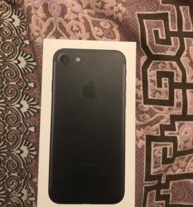 Айфон 7. 32 гига