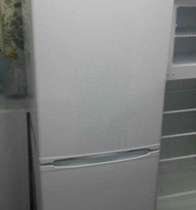 Холодильник Indesit SB-16740