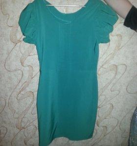 Зеленое платье...