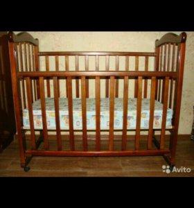 Кроватка - качалка и матрац