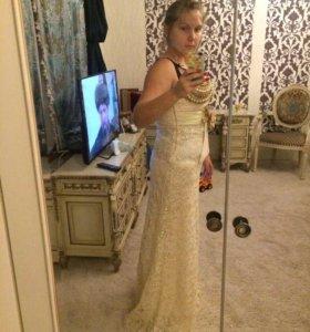 Вечернее платье свадебное платье