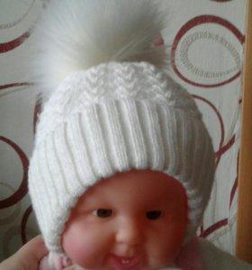Продаю шапочку для девочки