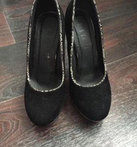 Туфли 2 пары!!!