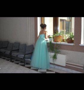 Платье на праздник, выпускной или свадьбу