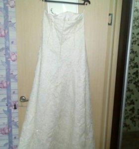 Платья свадебное.