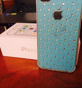 Чехлы iPhone 4(s)
