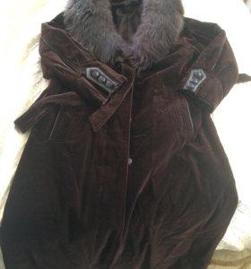Пальто велюровое