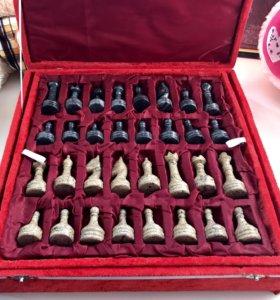 Тувинские шахматы из оникса