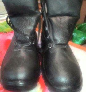 Ботинки, новые,приеду на примерку.