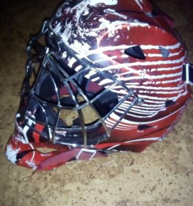 Хоккейные пренадлежности ,2 шлема защита+баул