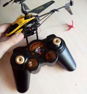 Вертолёт на пульте управление с выдвижных крюком