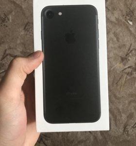 Продам,обменяю iPhone 7 32gb black