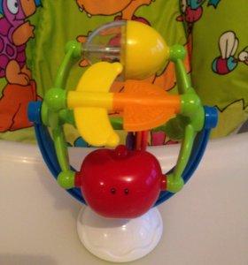 Музыкальная игрушка на присоске Chicco