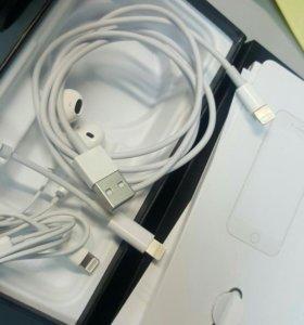 Коробка от iPhone 7