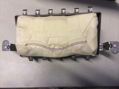 Подушка безопасности на Киа Рио.