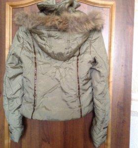 Куртка весенняя б/у размер М