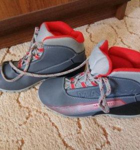 Ботинки лыжные⛷
