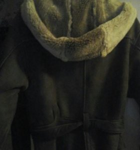 Дублёнка -курточка с капюшоном и поясом