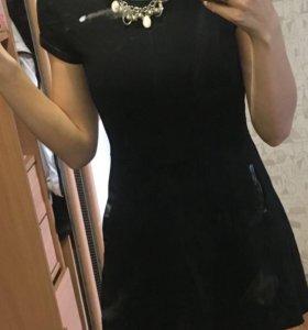 Чёрное платье 42