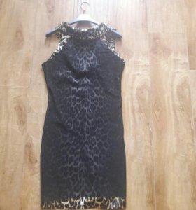 Платье шикарное 44 р.(42) новое.