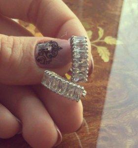 Новые серьги серебро с фианитами