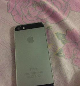 iPhone 5s на 16гиг