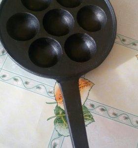 Сковорода чугунная для пончиков