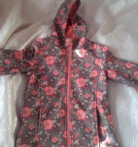 Куртка детская. Размер 128. 1000 рублей.