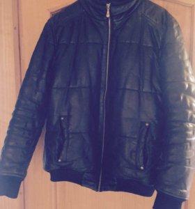Куртка мужская кожаная 50. размер
