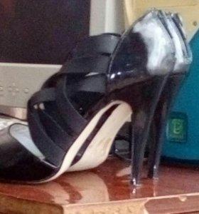 Продам летние туфли 38 размер