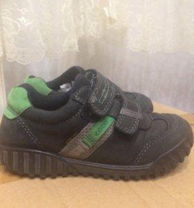 Ботиночки ECCO, кожаные весенние  28 размер