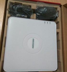 Цифровой видеорегистратор Hikvision DS-7104