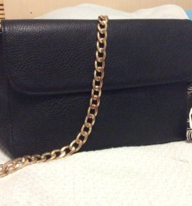 Женская сумка чёрного цвета
