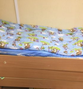 Кровать трёхъярусная выдвижная