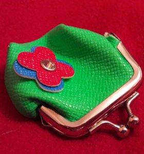 мини-кошелёчек кожанный неоново-зелёный